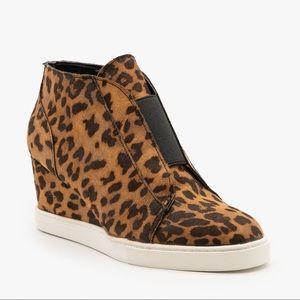 Mid Ankle Platform Sneaker w/Hidden Wedge